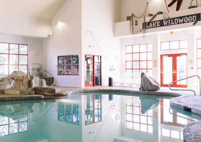 Wildwood Lodge pool