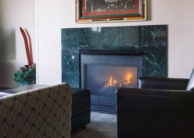 Wildwood Lodge fireplace suite